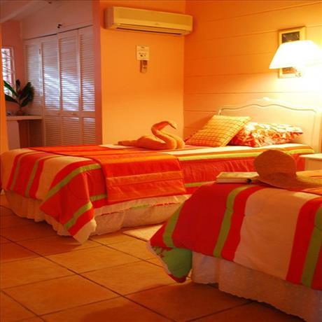 3 Br Waterfront Villas - Ocho Rios