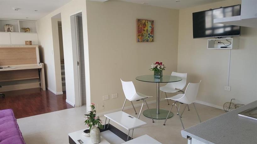 Bello apartamento de diseno en miraflores lima compare for Disenos de apartamentos