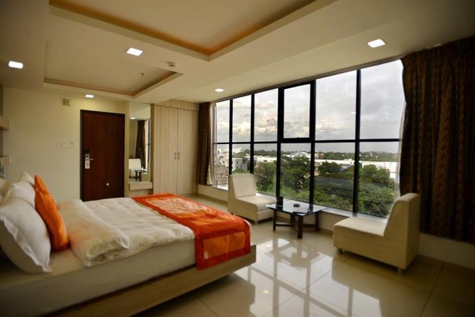 Shagun Hotel Vadodara