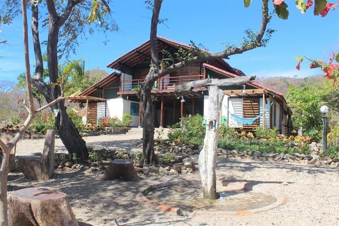 Playa Hermosa Eco Resort