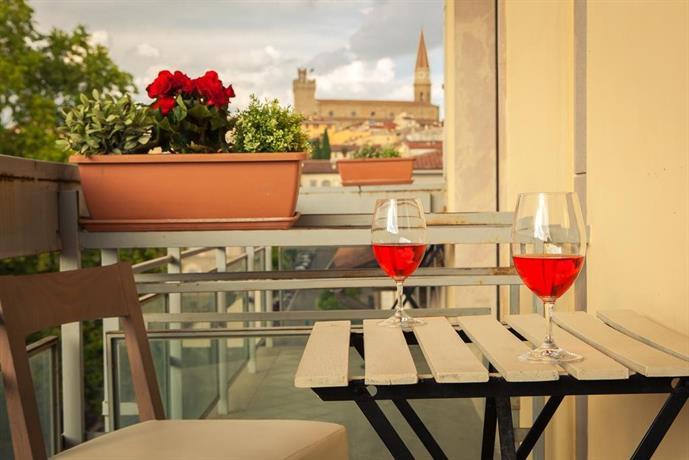 La Terrazza Arezzo - Compare Deals