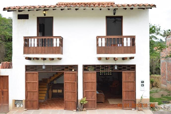 Casa Huespedes Chara