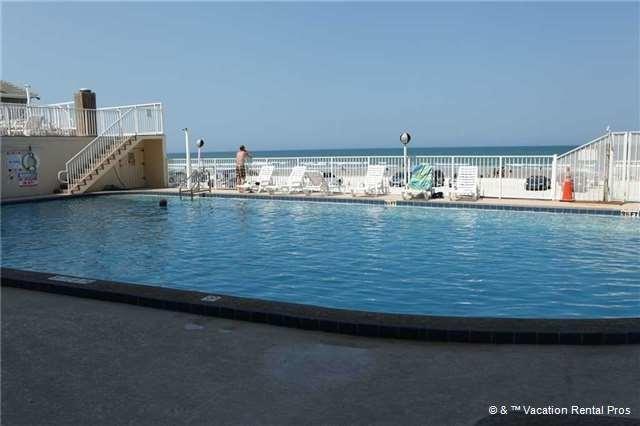 About Pirates Cove Daytona Beach