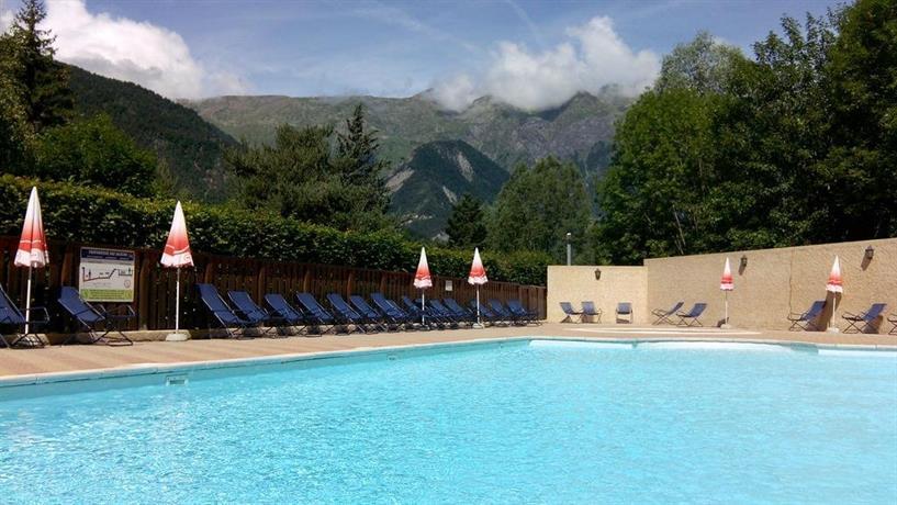 Camping la cascade le bourg d 39 oisans confronta le offerte for Camping la piscine bourg oisans