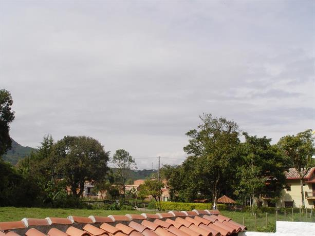 Casa campestre jardin antioquia compare deals for Jardin antioquia