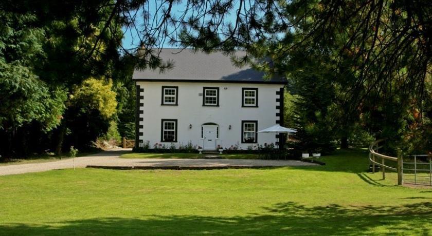 Ashton House