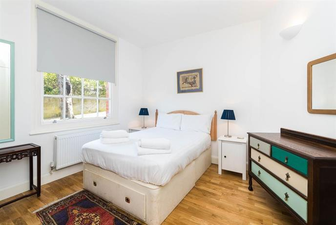 Cosy 2 Bedroom garden flat in Battersea/Clapham