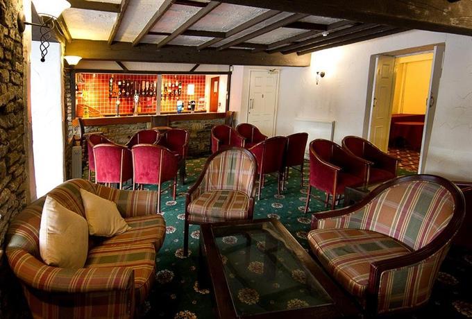 About Almondsbury Interchange Hotel