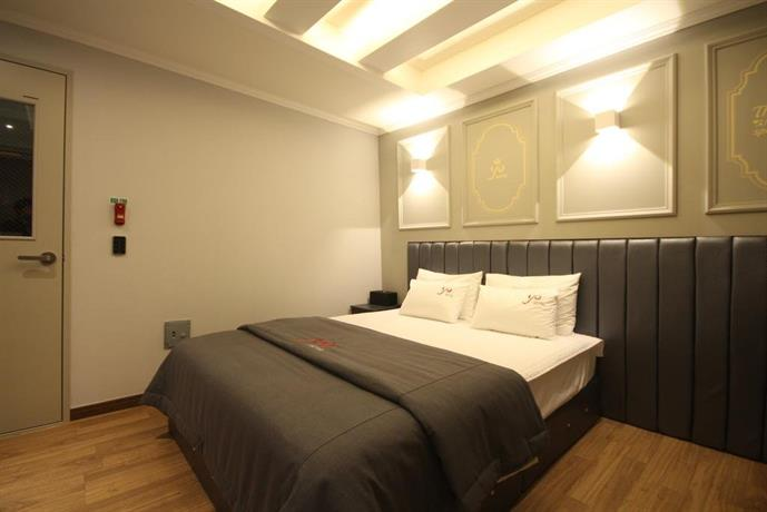 YO Motel