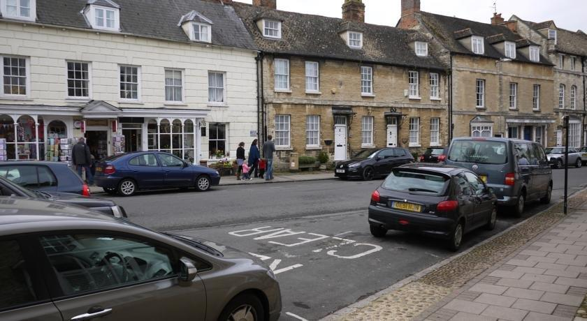 The Town House Woodstock