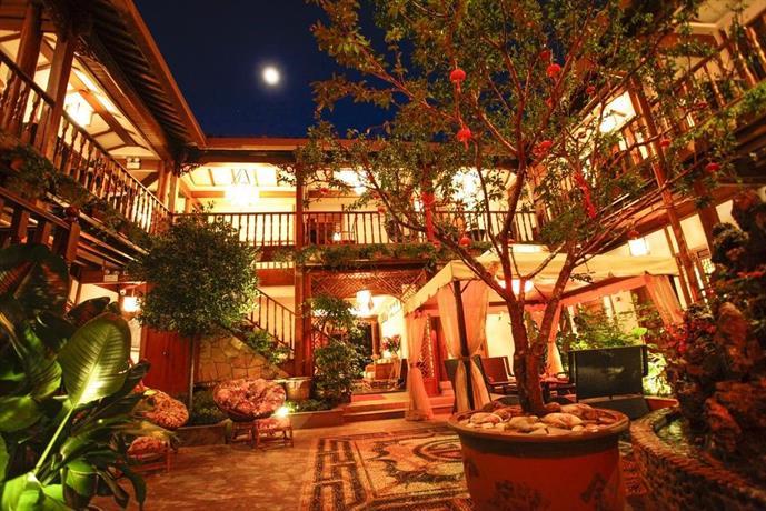 Lijiang Xi Yuan Xi Boutique Hotel  Compare Deals. Hotel Steiger. Hotel Real Zapopan. Villa Roka Hotel. Ssaw Hotel (Plaza). Pusako Hotel. H Top Pineda Palace Hotel. Posada De La Mision Hotel. Rica Alta Hotel