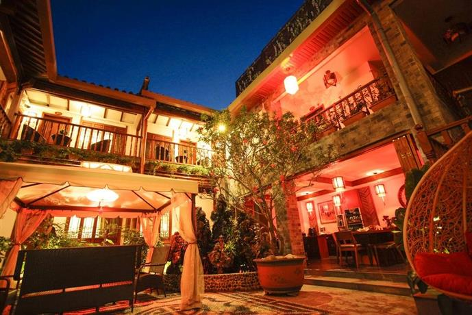 Lijiang Xi Yuan Xi Boutique Hotel  Compare Deals. Hotel Green Park Hyderabad. Hotel Plaza. Vista Real Guatemala Antigua Hotel. Hotel Zur Burg. Hotel Corte Rosada. Alte Dorfschule Hotel. White Peaks Apartment Complex. Las Rias Resort