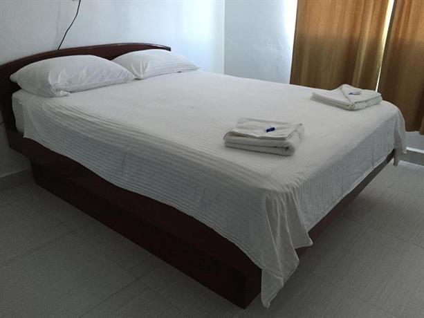 Golden Tree Hotel Belize City Prices