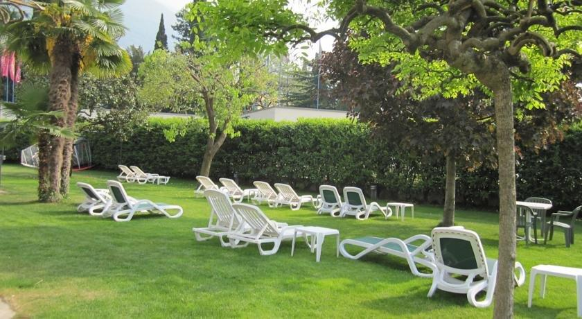 Hotel Villa Claudia Torbole