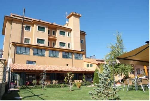 Hotel Rio Esla