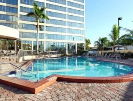 Howard Johnson Plaza Hotel Hialeah Gardens