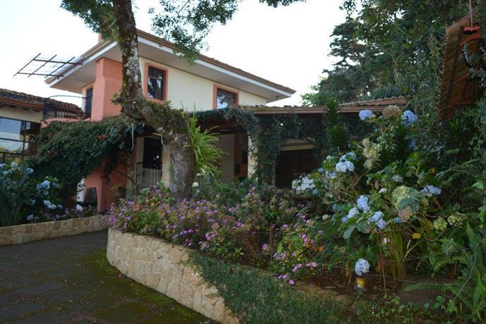 Hotels Near Juan Santamaria International Airport