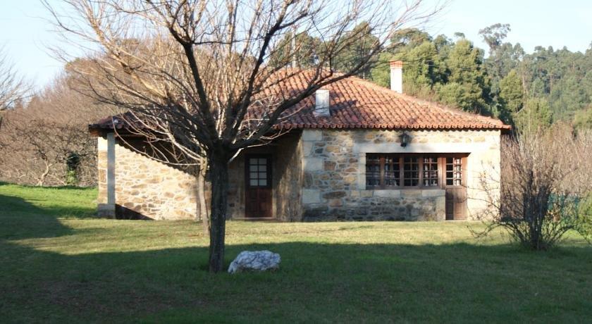 Casas De Estoraos