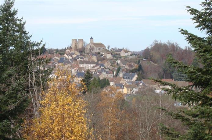 Chateau de Crocq - Chambres et Table d'Hotes
