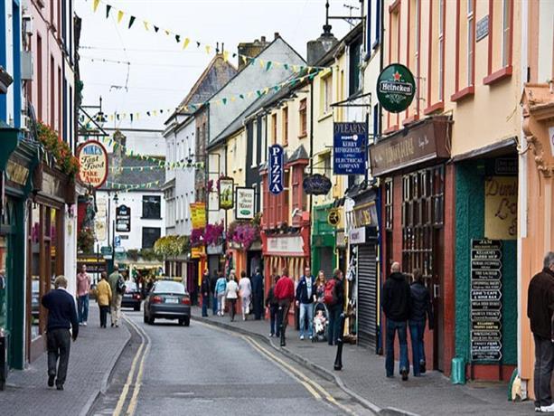 Killarney Park Hotel Image Gallery: Holiday Home Killarney Town House
