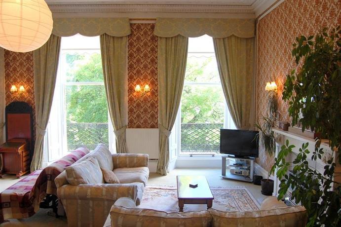 Regent terrace apartment edinburgh compare deals for 12 regent terrace edinburgh