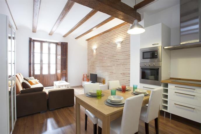 Singular apartments station valencia compare deals - Singular kitchen valencia ...
