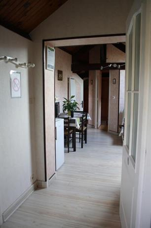 chambre d 39 hotes les chenes limoges comparer les offres. Black Bedroom Furniture Sets. Home Design Ideas