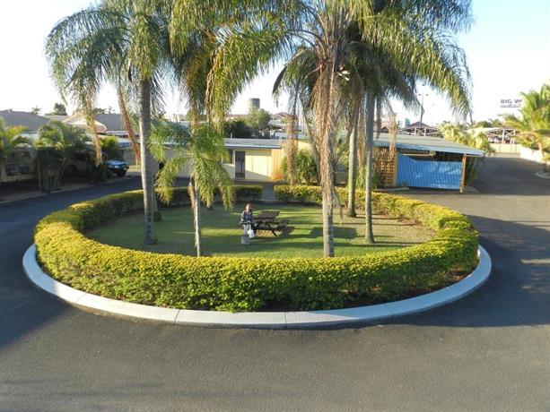 Tropical Gardens Motor Inn, Bundaberg - Compare Deals