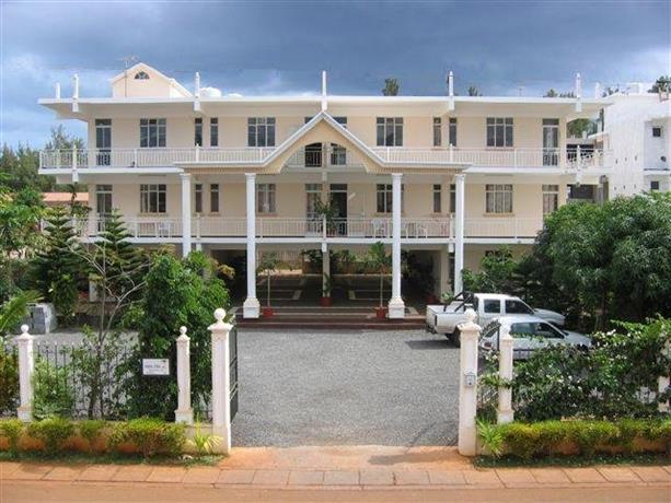 Alpha Villa - Studios & Apartments