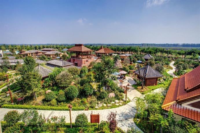 Huaxi Zhongzhou International Hotel