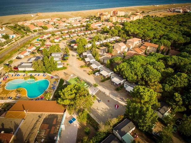 Camping rives des corbieres leucate compare deals - Camping rives des corbieres port leucate ...