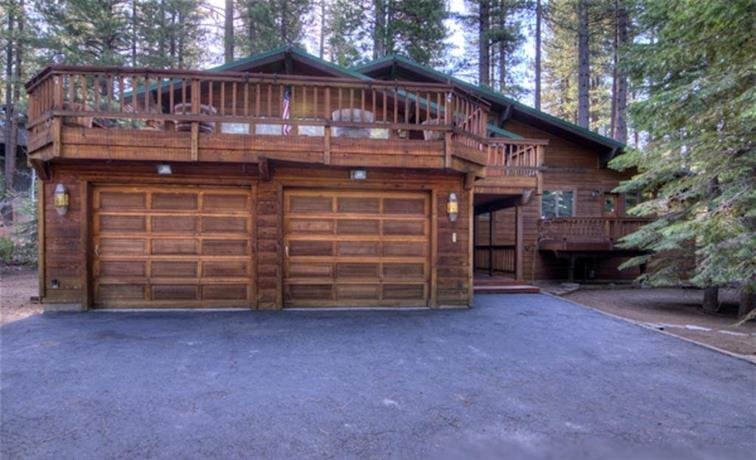 RedAwning Incline Village Redwood Retreat