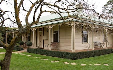 Bed And Breakfast In Kyneton