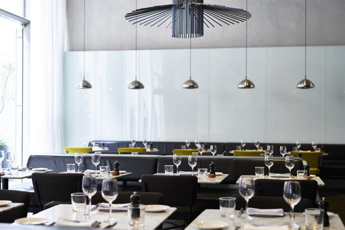 Hotel americano new york city compare deals for Bar americano nyc