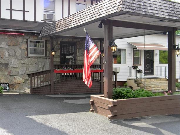 The Stone House Motel & Motor Lodge