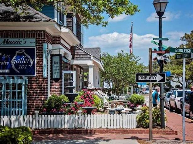Historic Manteo The Roost