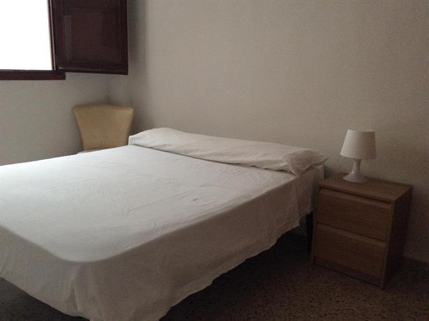Burjassot Apartment