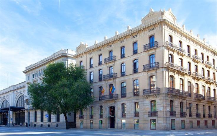 Ciutadella barcelona barcellona offerte in corso for Offerte barcellona