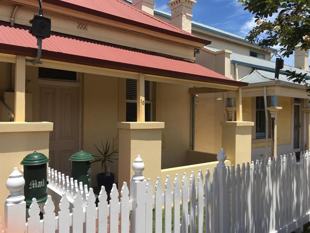 Bath Street Cottages
