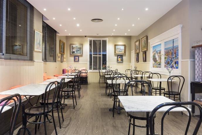 Hotel cortes barcellona offerte in corso for Offerte hotel barcellona