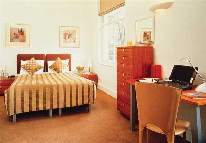 Somerset princes square londra confronta le offerte for Somerset hotel londra