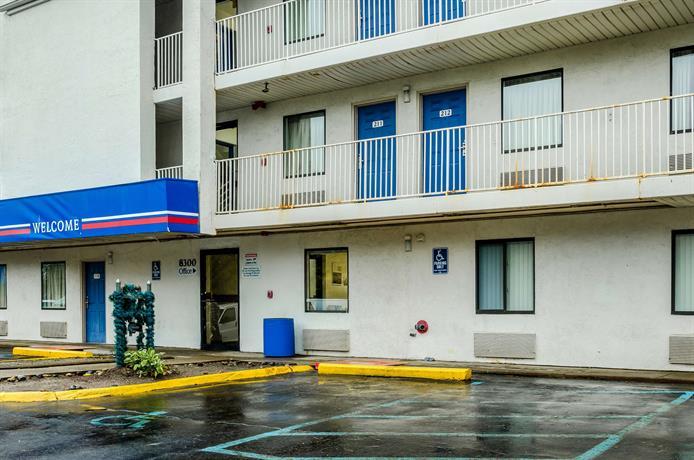 Motel 6 Detroit East - Warren