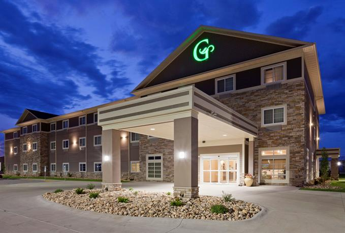 GrandStay Hotel and Suites Valley City