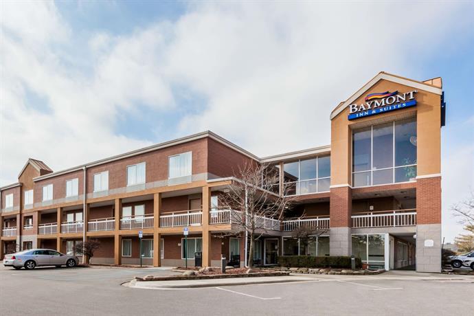 Baymont by Wyndham Auburn Hills Hotel