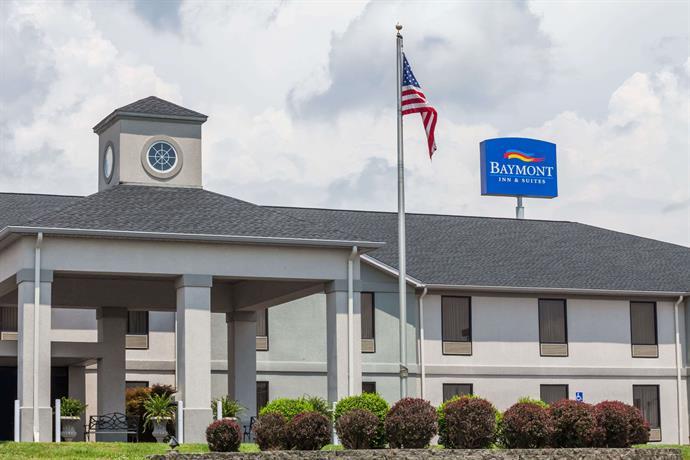 Baymont Inn & Suites Madisonville Inn