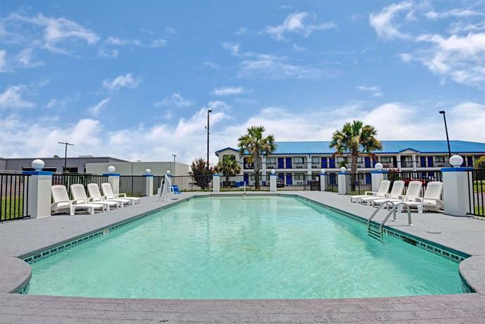 Baymont Inn & Suites Montgomery