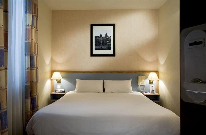 Hotel At Gare du Nord
