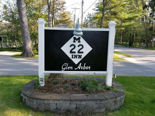 The M-22 Inn Glen Arbor