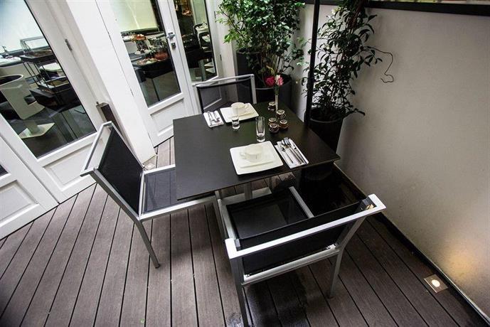 hotel felicien by elegancia paris compare deals. Black Bedroom Furniture Sets. Home Design Ideas