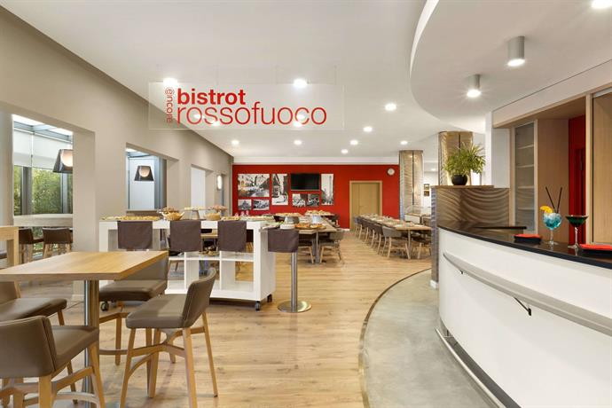Ramada encore bologna hotel natural spa compare deals for Hotel design bologna